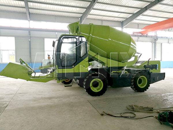 1.2m3 self loading diesel concrete mixer