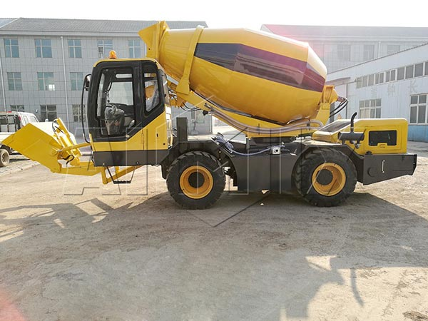 2.0m3 self loading diesel concrete mixer