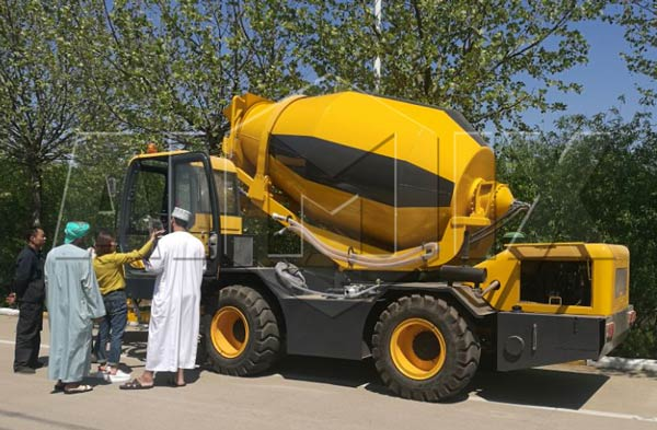 aimix self loading concrete mixer truk in self loading concrete mixer truck starts working in Saudi Arabia