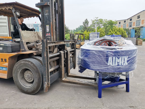 AIMIX concrete block machine sent to Honduras 5