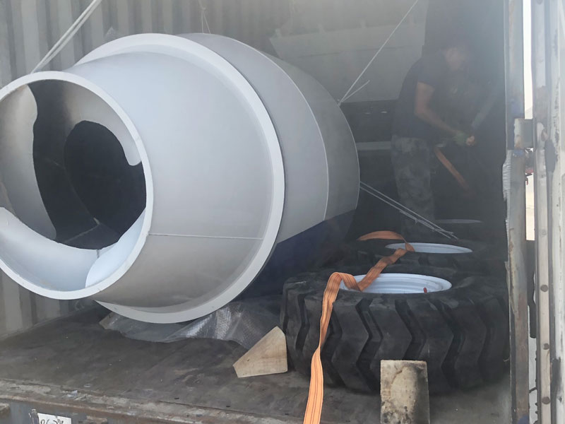 AS1.8 self load concrete mixer to Philippines