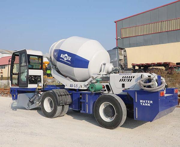 self loading mixer